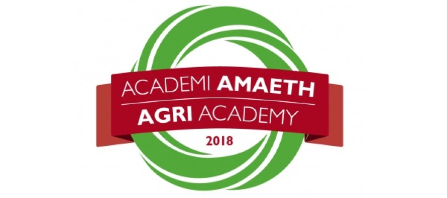 AgriAcademy, il programma gratuito di alta formazione rivolto a 250 giovani agricoltori