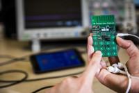 Dagli USA il primo cellulare senza batteria