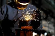 Politica industriale: i nodi del prossimo governo, dal caso Ilva all'Alitalia